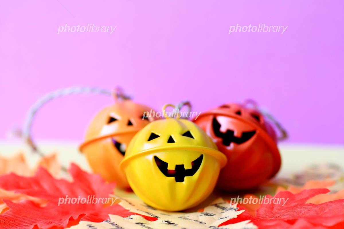 Halloween purple Photo