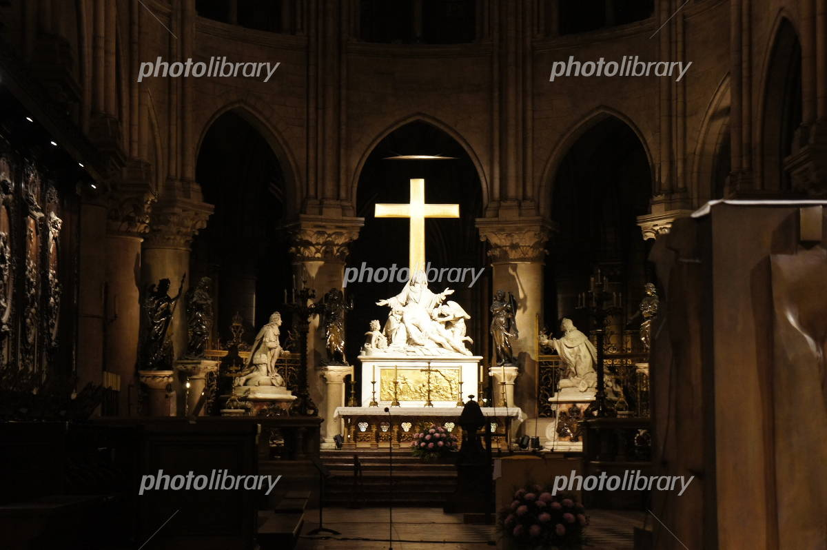 Notre Dame Cathedral altar of Photo