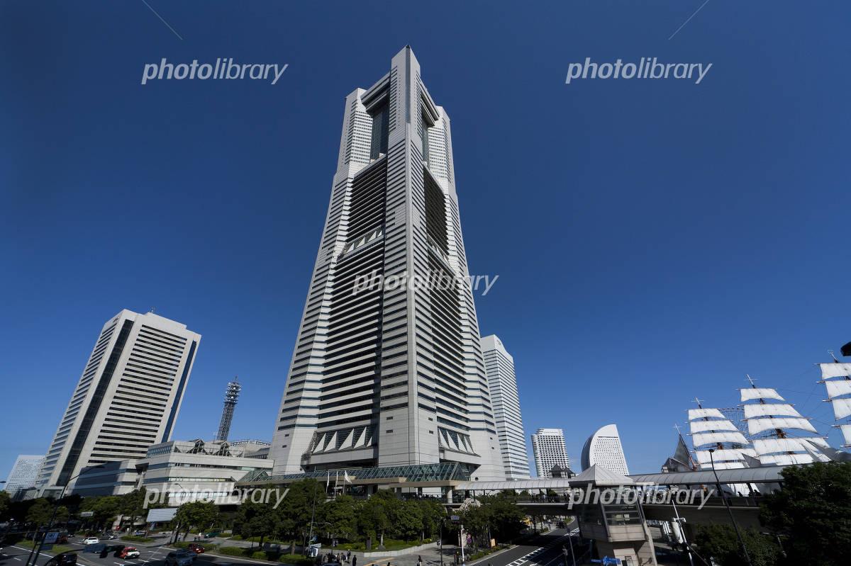 横浜ランドマークタワー 写真素材 3607811 フォトライブラリー