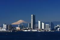 Minato Mirai & Mount Fuji stock photo
