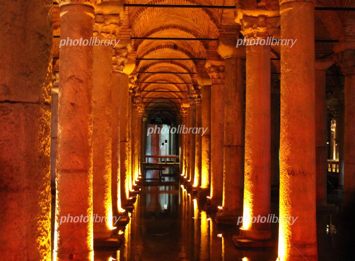 イスタンブールの地下宮殿 写真...