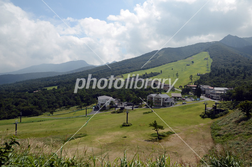 夏の豪円山スキー場 写真素材 [ ...