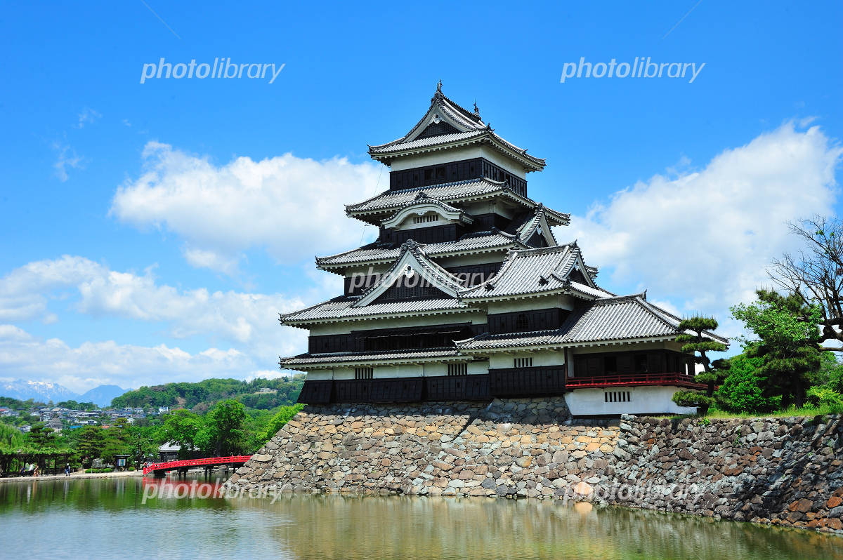 Matsumoto Castle Photo