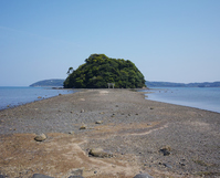 Approach of Kojima shrine of Iki appearing at low tide Stock photo [3813356] Nagasaki