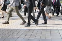 Commuting Shinagawa Station Shinagawa morning arrival image slow shutter feet Stock photo [4630083] Shinagawa