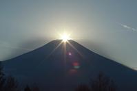 山中湖村のダイアモンド富士