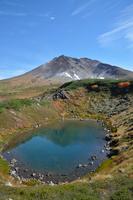 旭岳と鏡池