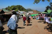 ミャンマーのゴールデンロックがあるチャイティーヨ