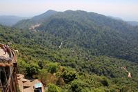 ミャンマーのゴールデンロックから見る山並み