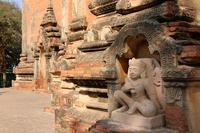 ミャンマーのティーローミィンロー寺院