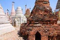 ミャンマーのカックー遺跡の仏塔