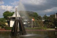 城山公園 噴水から虹