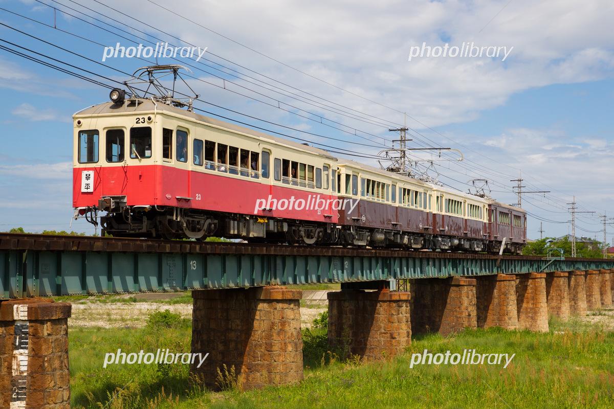 高松琴平電気鉄道 旧型車両四重...