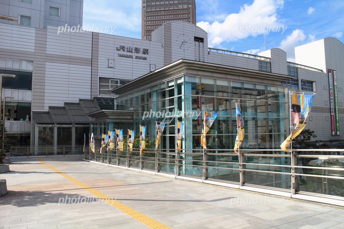 山形駅東口ペデストリアンデッキ...