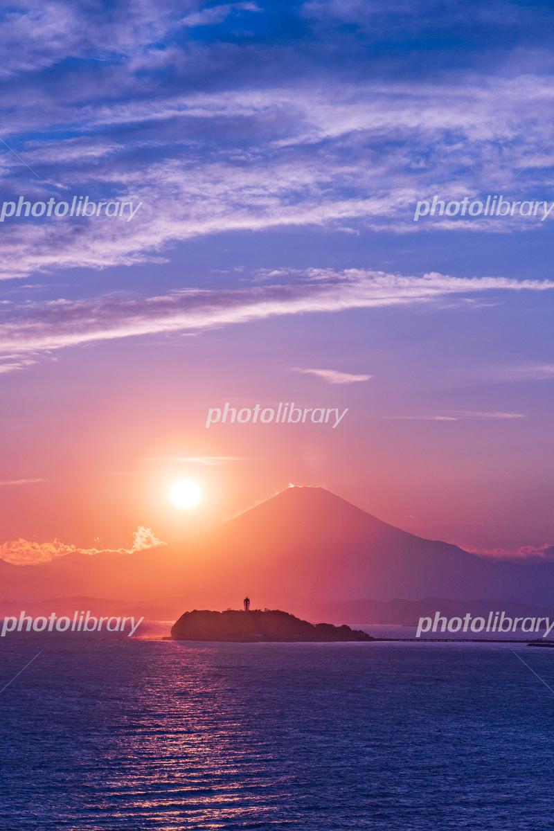 江ノ島と富士山と夕日 写真素材 6045218 フォトライブラリー