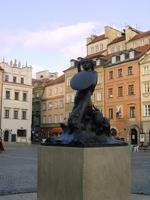 Bronze statue of Warsaw Square Stock photo [667502] Warsaw