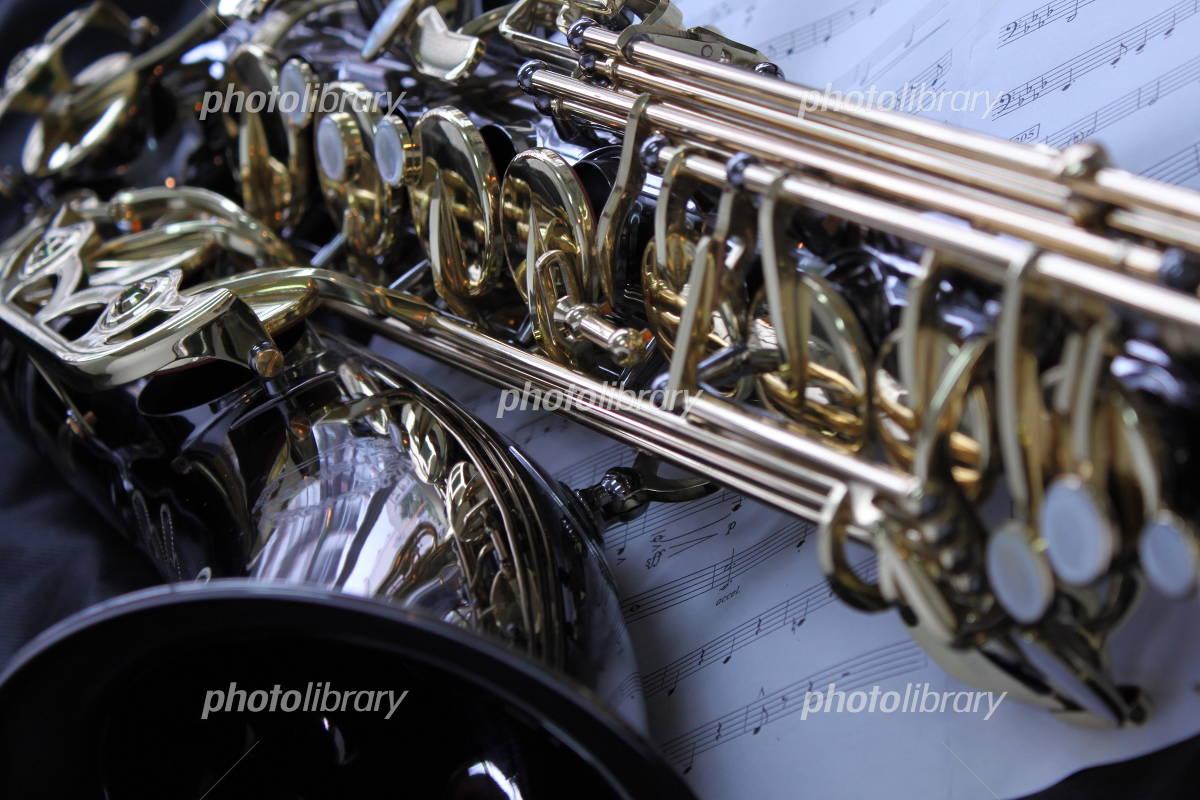 バリトンサックス 写真素材 836855 フォトライブラリー Photolibrary