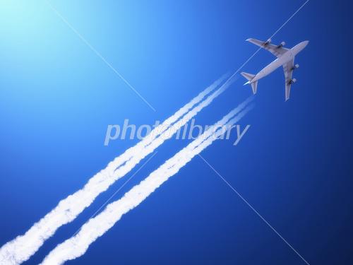 飛行機雲 イラスト素材 1603978 フォトライブラリー Photolibrary