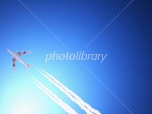 飛行機雲 イラスト素材 1603990 フォトライブラリー Photolibrary