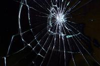 broken glass [1710991] Crow