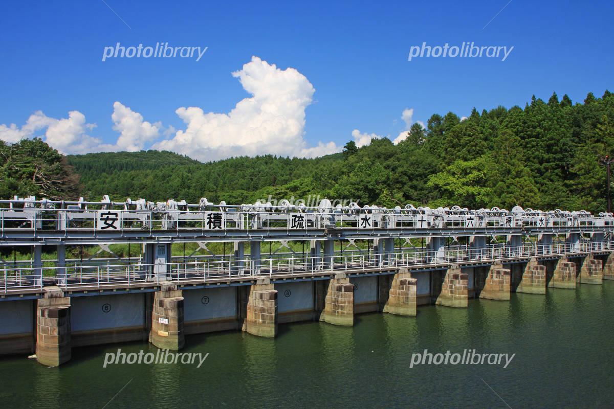 十六橋水門 写真素材 [ 2101675 ...