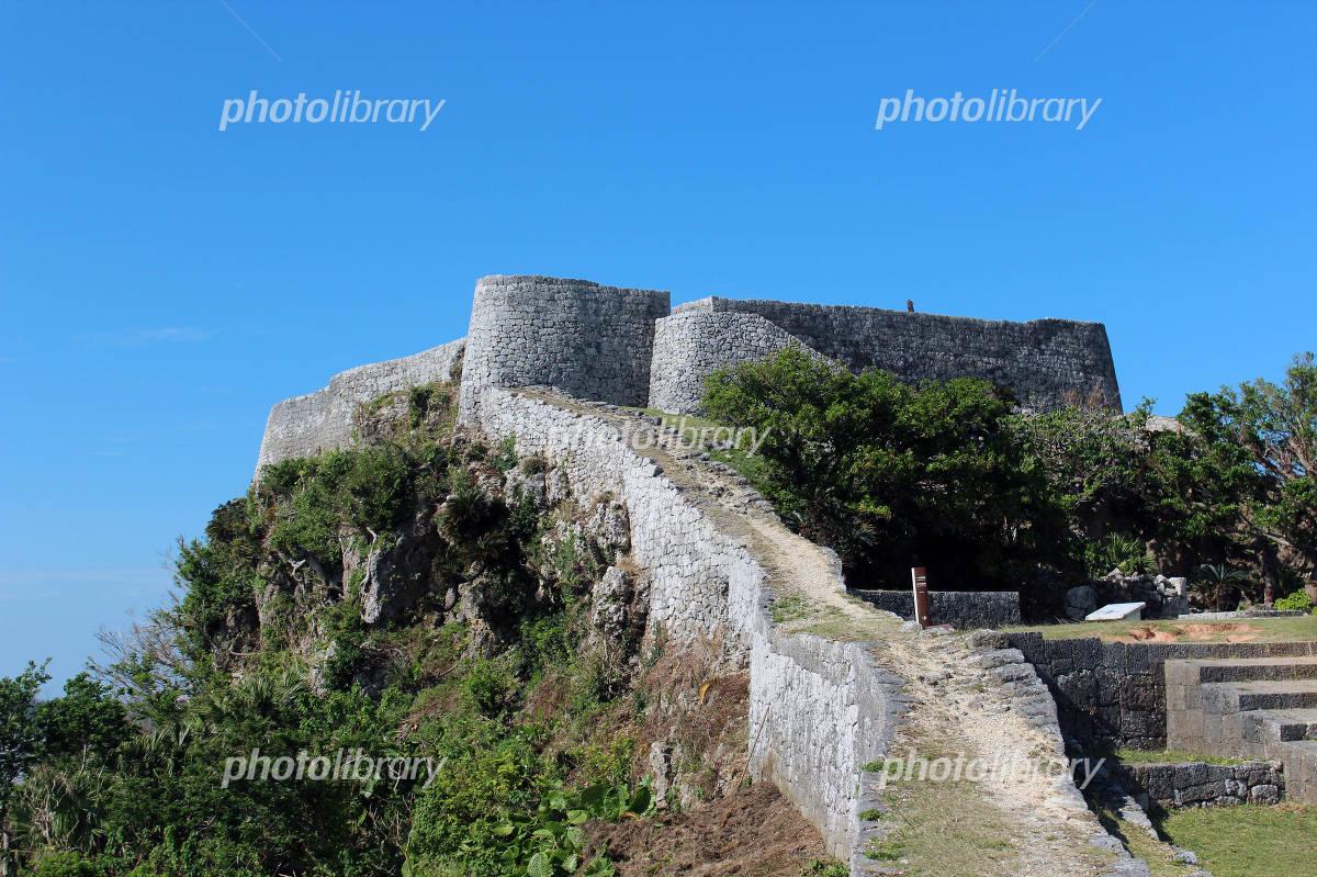 丘の上の世界遺産:勝連城跡