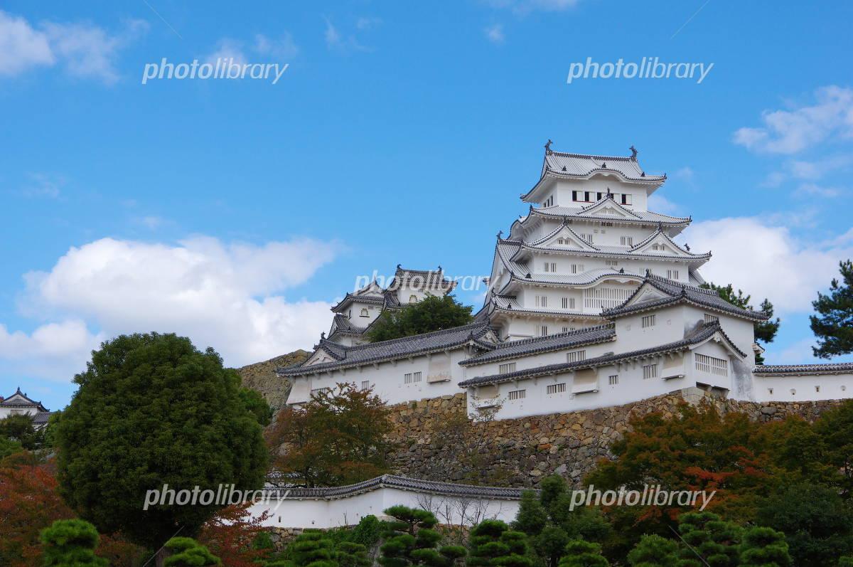 Early fall of Himeji Castle Photo
