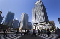 Commuting landscape slow shutter of Tokyo Station Marunouchi morning Stock photo [3498533] Marunouchi