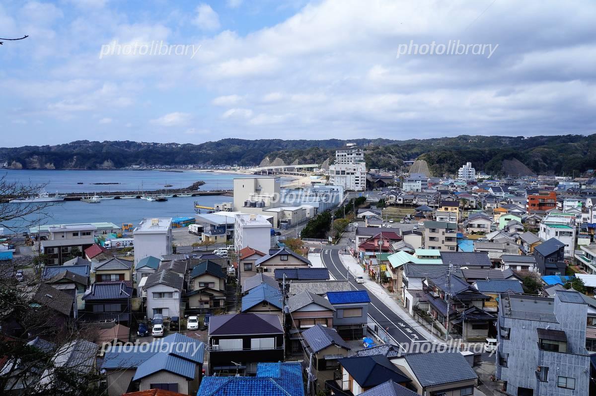 高台から見た千葉県勝浦市の街並...