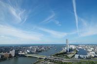 快晴の新潟市 新潟西港方面を俯瞰