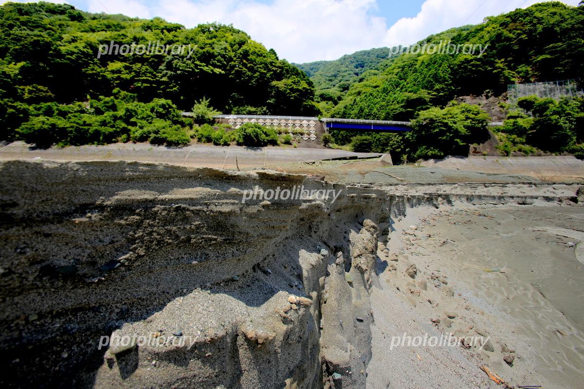 渇水の丹沢湖 写真素材 [ 525243...