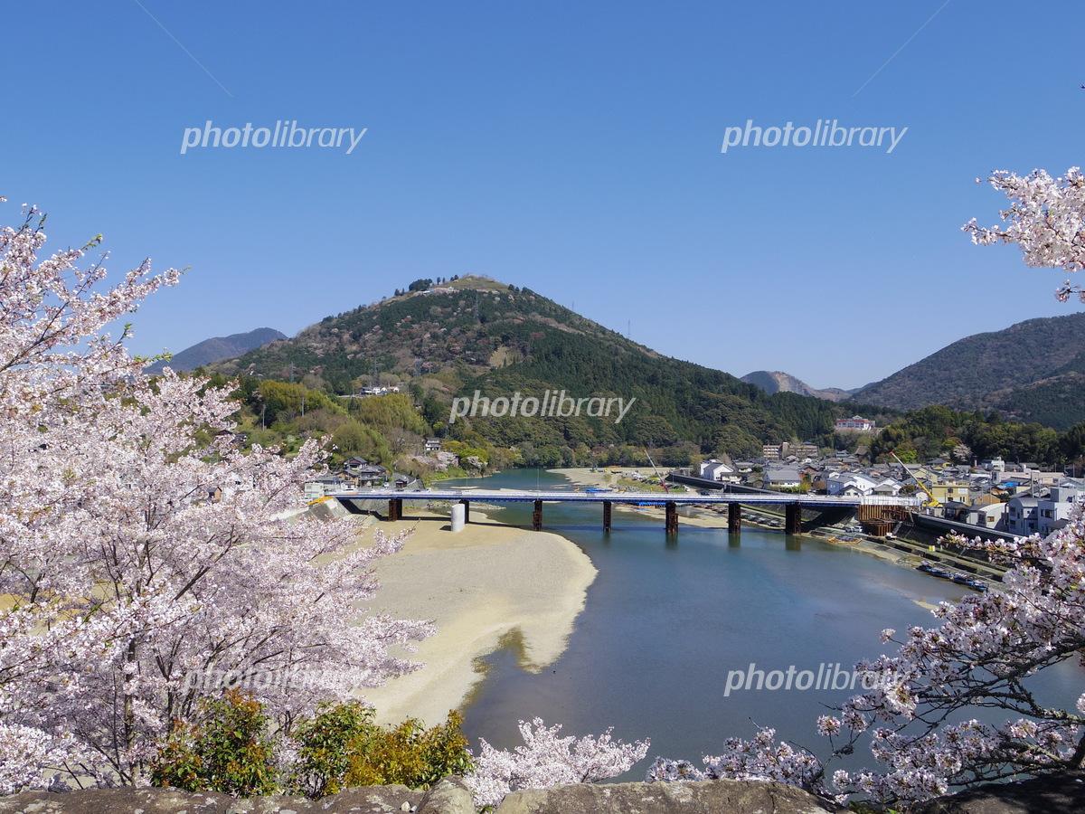 春の肱川(愛媛県大洲市) 写真素...