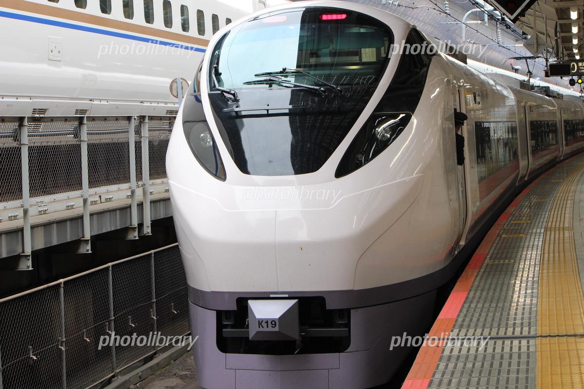 東京駅に止まるE657系 写真素材 [ 6314992 ] - フォトライブラリー ...