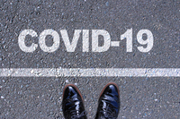 革靴と蔓延するコロナウイルス Coronavirus & Leather shoes COVID-19 concept image Coronavirus