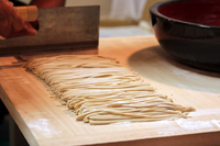 そば打ち 包丁で切る Making and  Cutting Japanese Soba Noodle そば