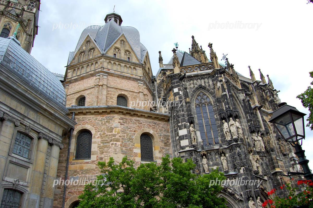 アーヘン大聖堂の画像 p1_35