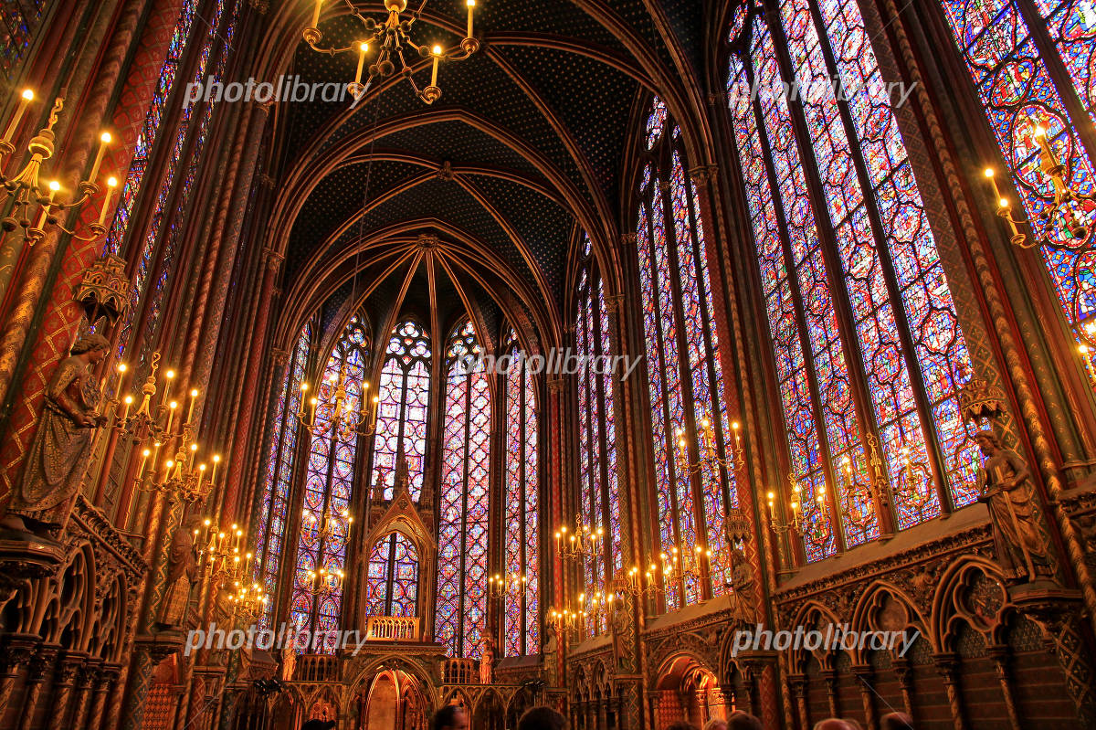 The upper chapel of Sainte-Chapelle Photo