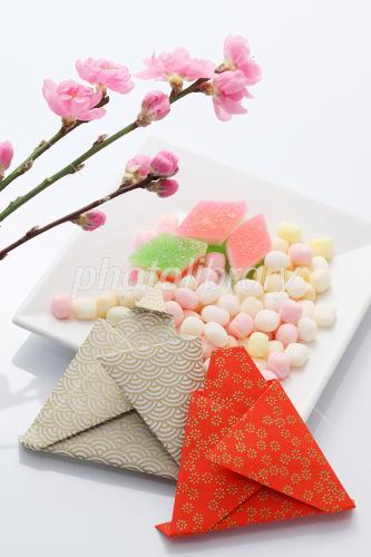 すべての折り紙 折り紙 おひな様 : 折紙のひな人形とひなあられ ID ...