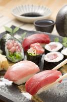 Hand-rolled sushi Edo-style