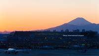 Tokyo International Airport (Haneda) and Fuji sunset superb view Stock photo [2952141] Mt.