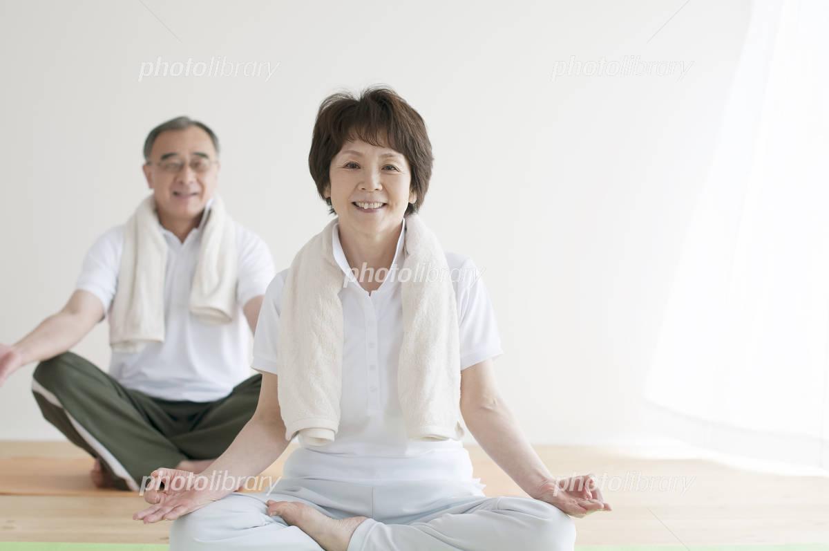Senior couple of yoga Photo