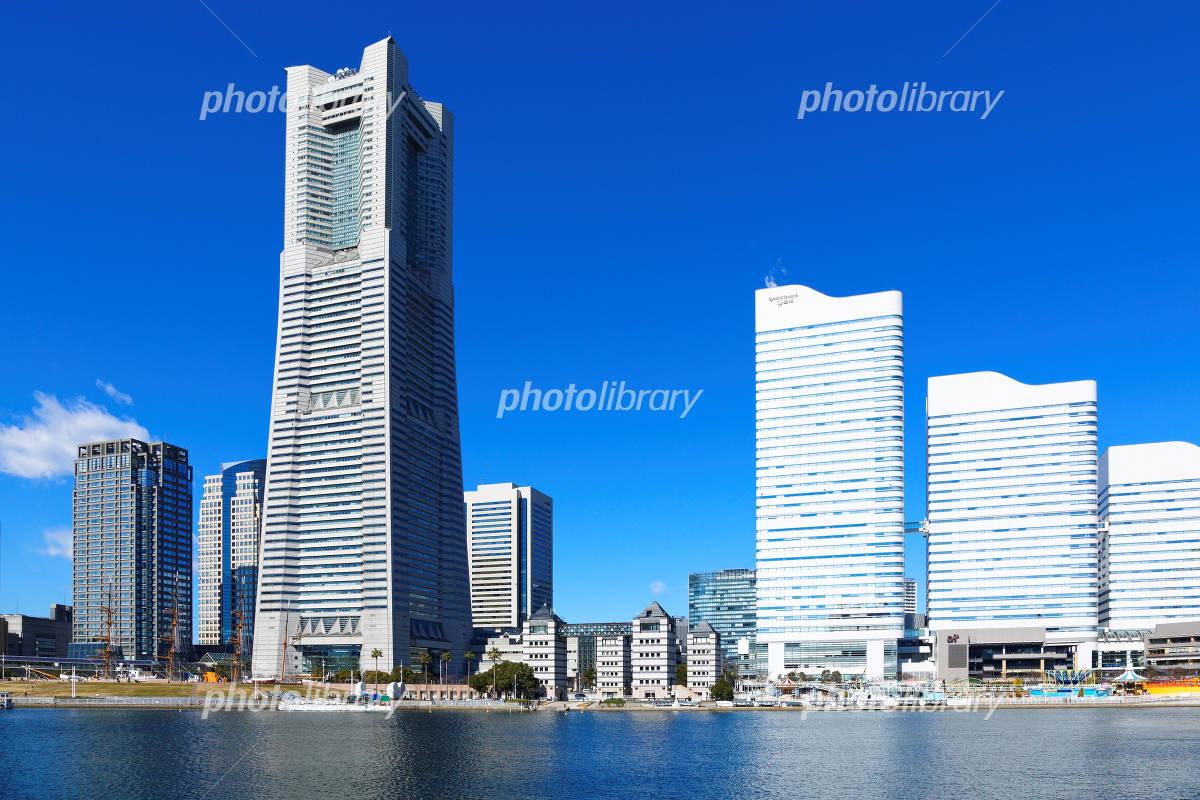 みなとみらい横浜とランドマークタワー 写真素材 4975636 フォト