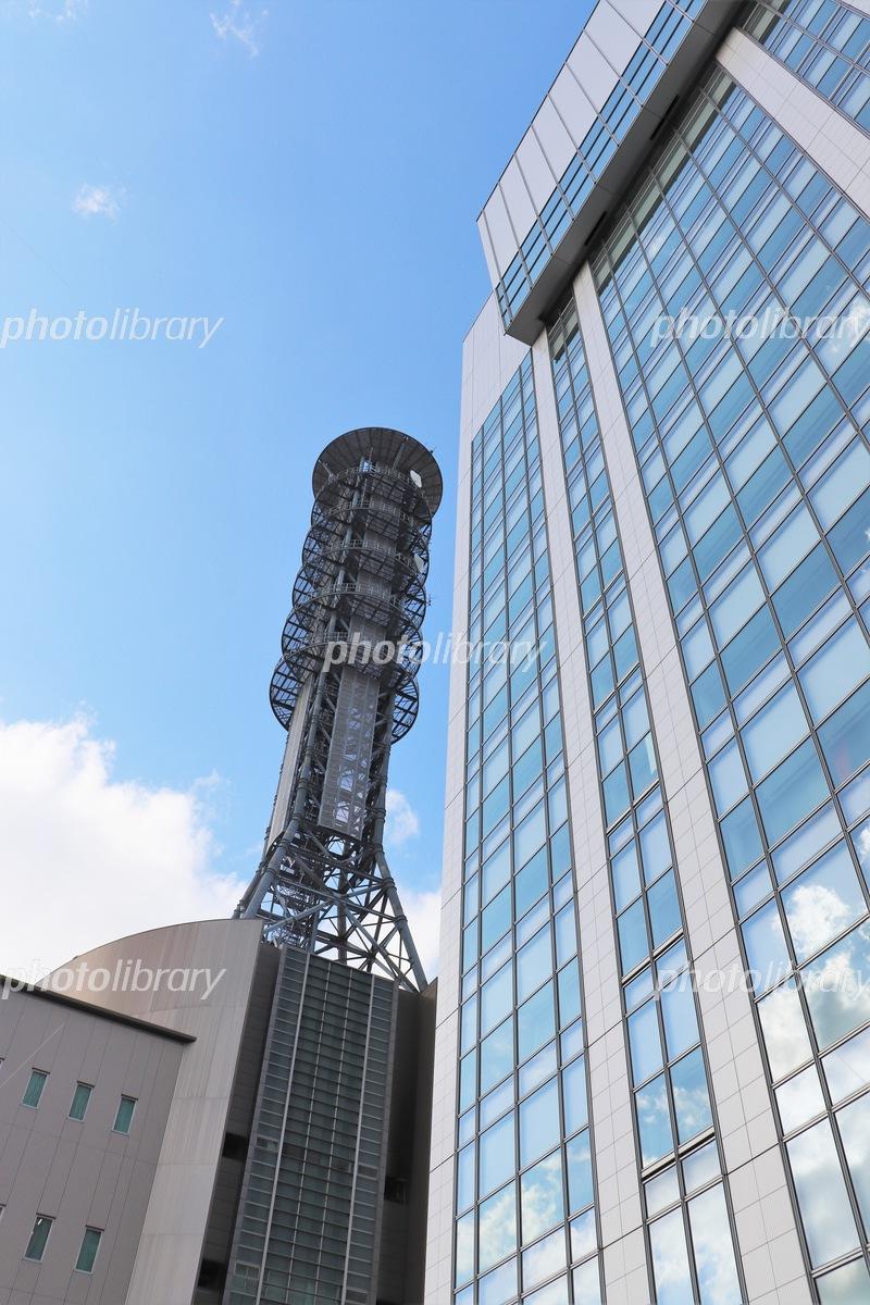 大阪メトロ本社(右手前)と大阪市消防局本部(左奥)の写真素材
