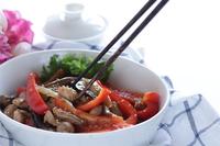 写真 Stir-fried chicken with eggplant of Korean-style red pepper paste(5588400)