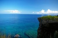 沖縄 空と海の青