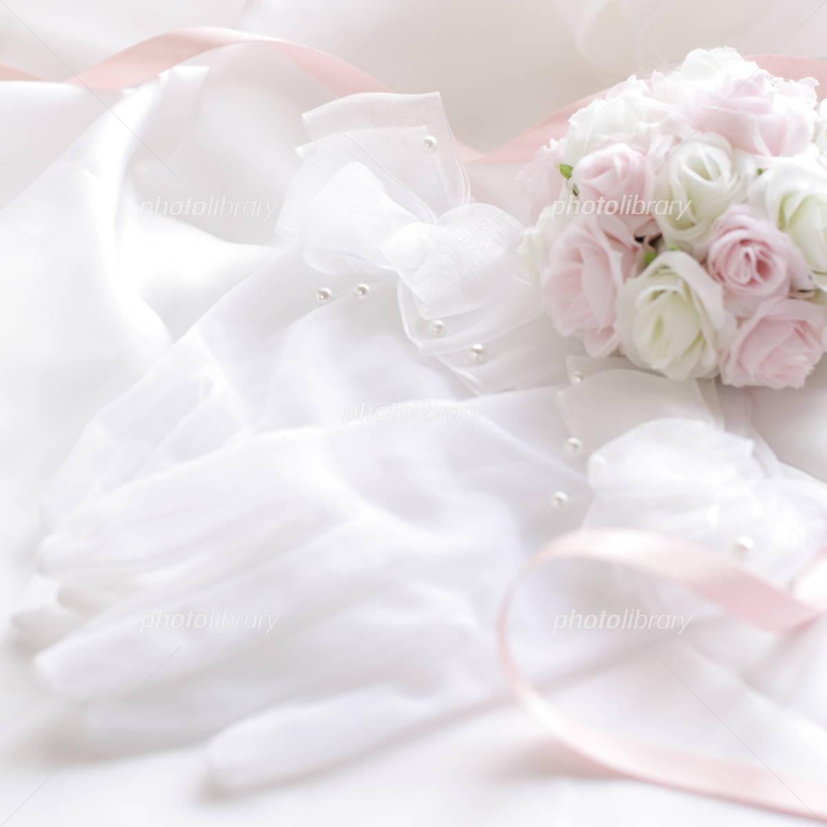 Globe and bouquet of wedding image Photo