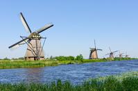 Netherlands World Heritage Kinderdijk = Erusuhauto of windmill network Stock photo [2026466] Europe