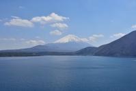 本栖湖 千円札の富士