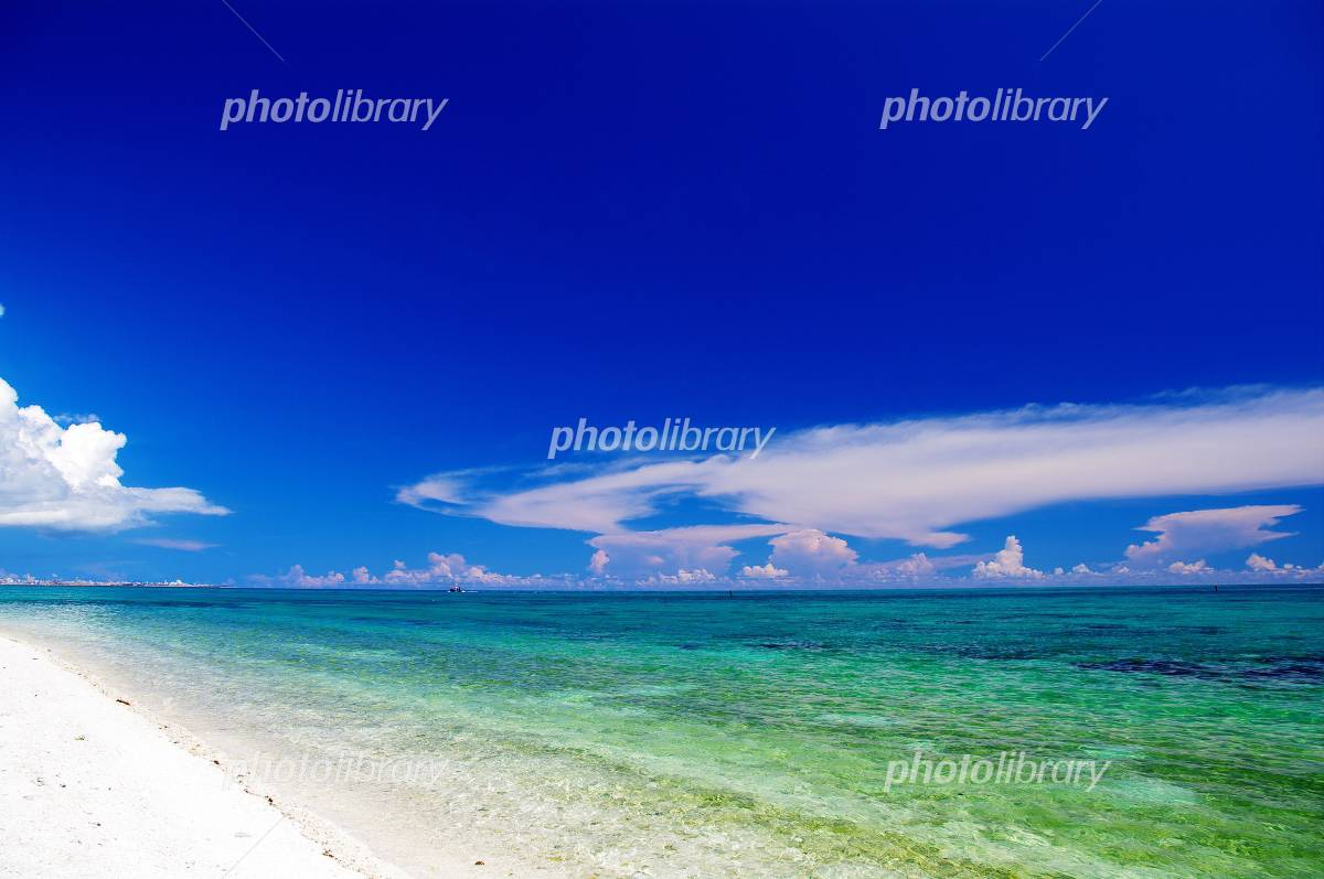 AIYARU beach in Okinawa Yaeyama Taketomijima Photo