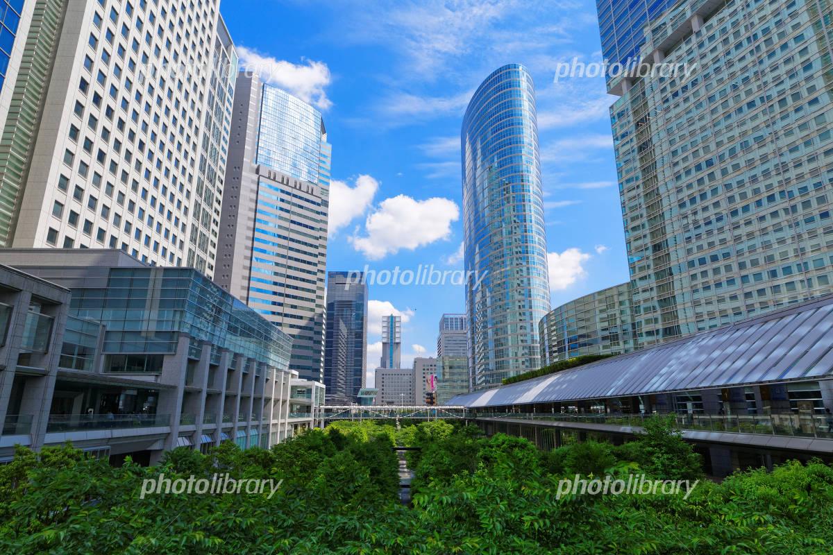 Shinagawa Intercity and the Shinagawa Grand Commons that blue sky spread Photo